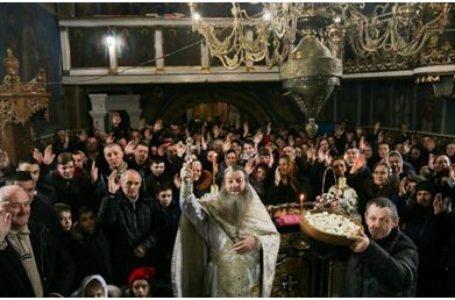 Două parohii românești din regiunea Cernăuți au decis să rămână în componența Bisericii Ortodoxe Ucrainene