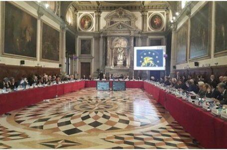 Comisia de la Veneția: Legea privind funcționarea limbii de stat a Ucrainei trebuie modificată